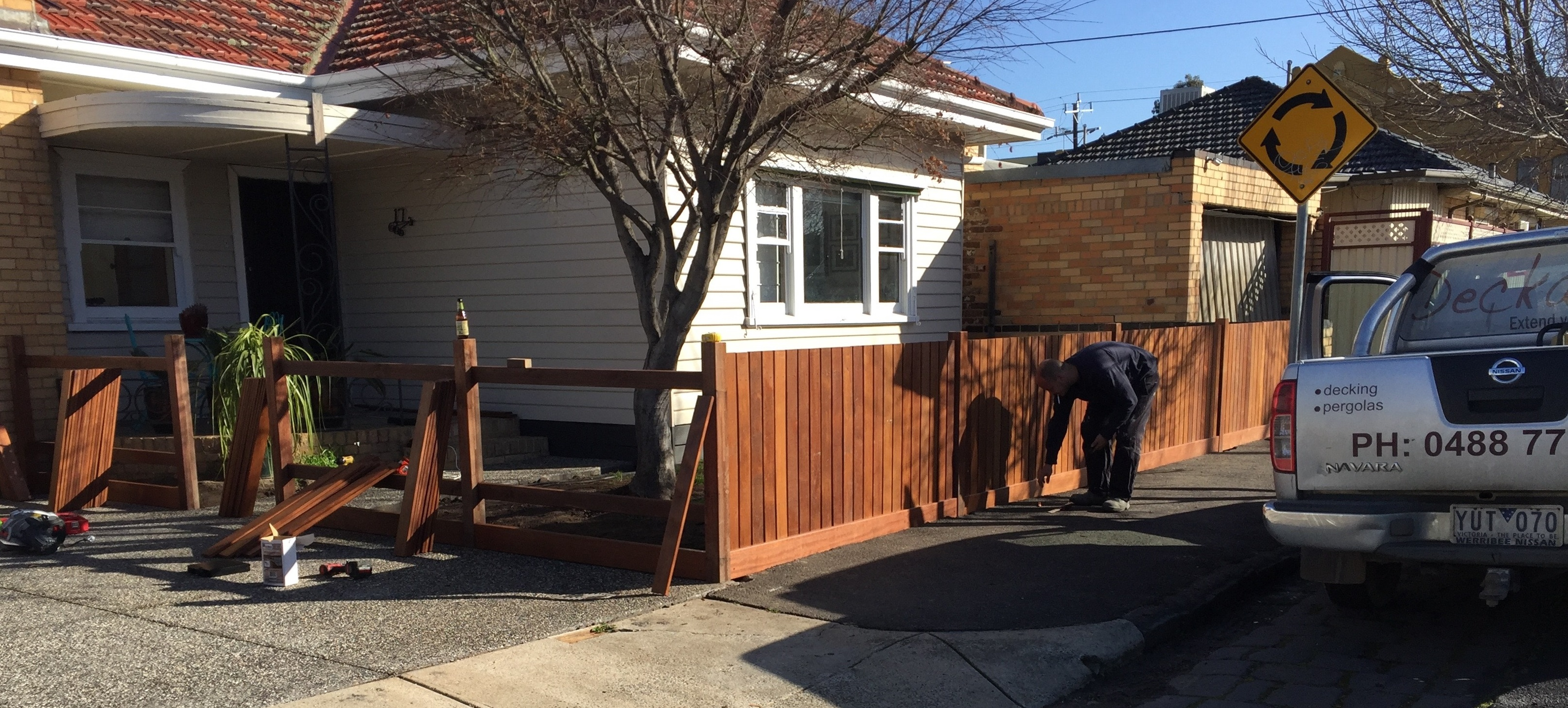 front-feature-fencing-2