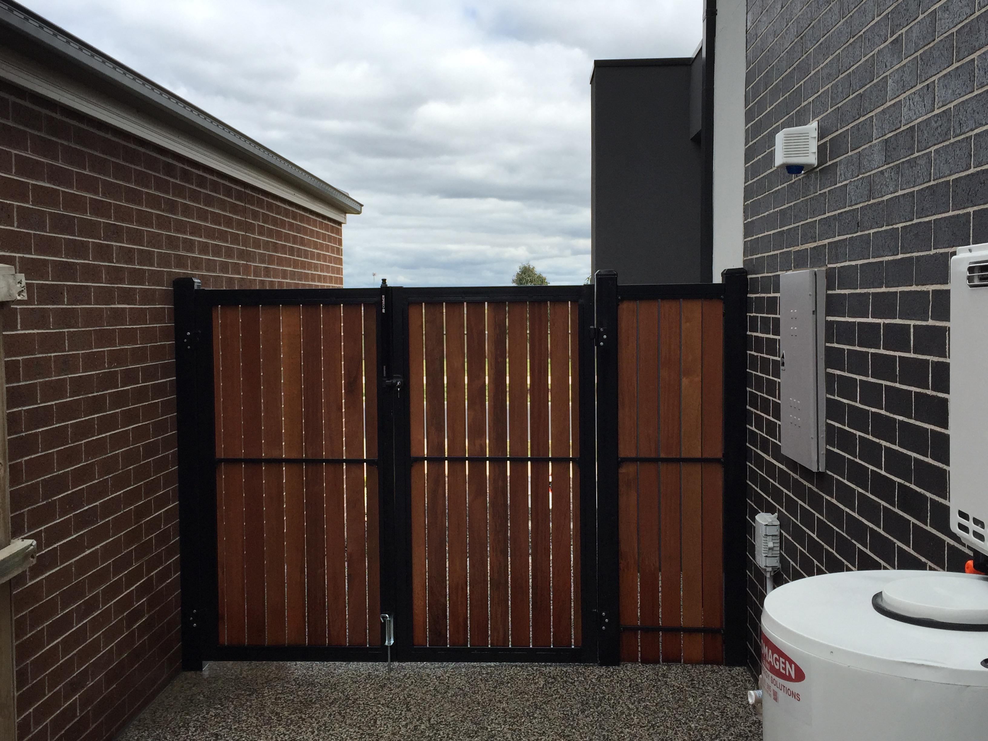 steel-frame-powder-coated-merbau-gates-2